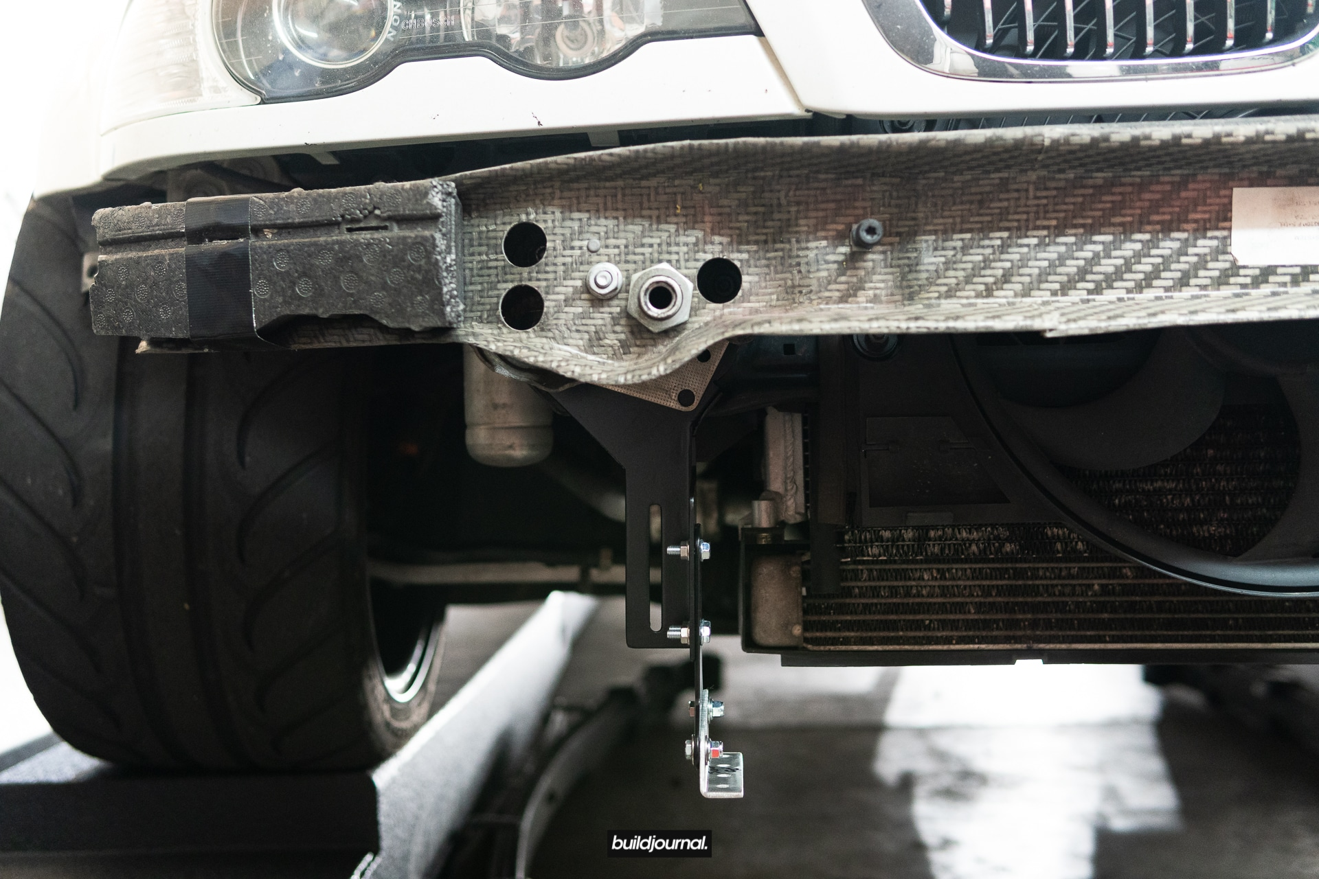 Quick-Release Adjustable Front Splitter Brackets Install DIY